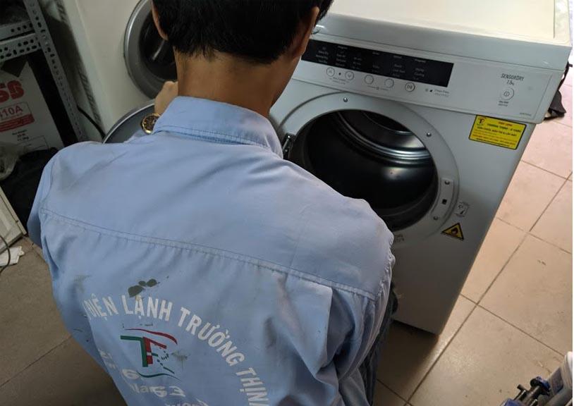 Sửa máy sấy electrolux