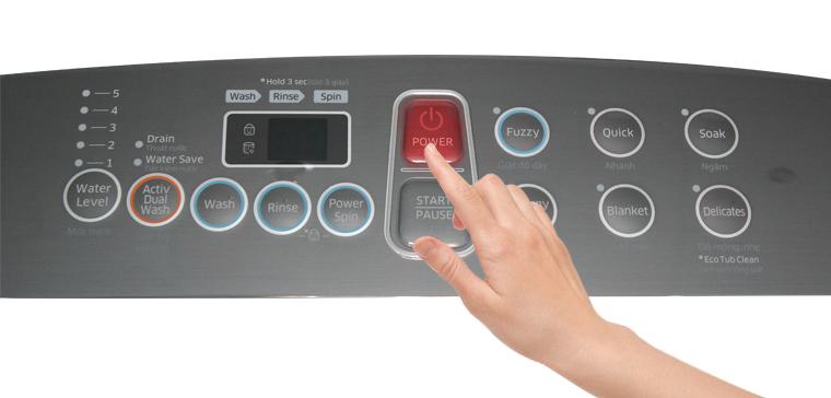 Bấm chọn Nút nguồn Power để khởi động máy